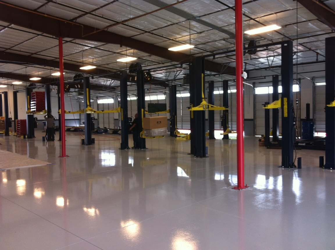 Auto repair equipment archives eagle equipment blog for Mechanic shop flooring