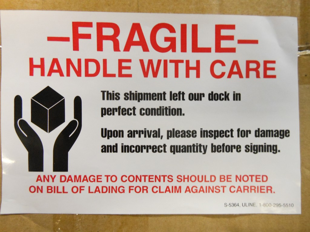 Fragile packing label